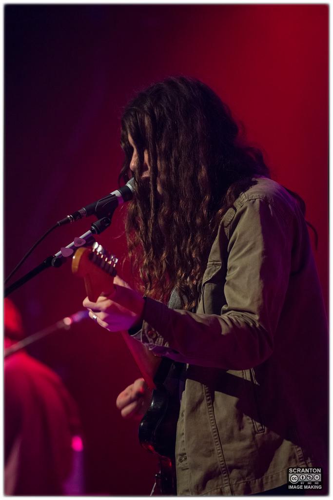 Kurt Vile @ College St Music Hall - New Haven,_24489251714_l