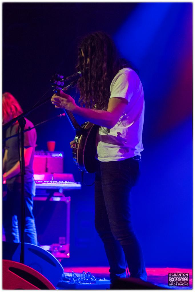 Kurt Vile @ College St Music Hall - New Haven,_25026789591_l