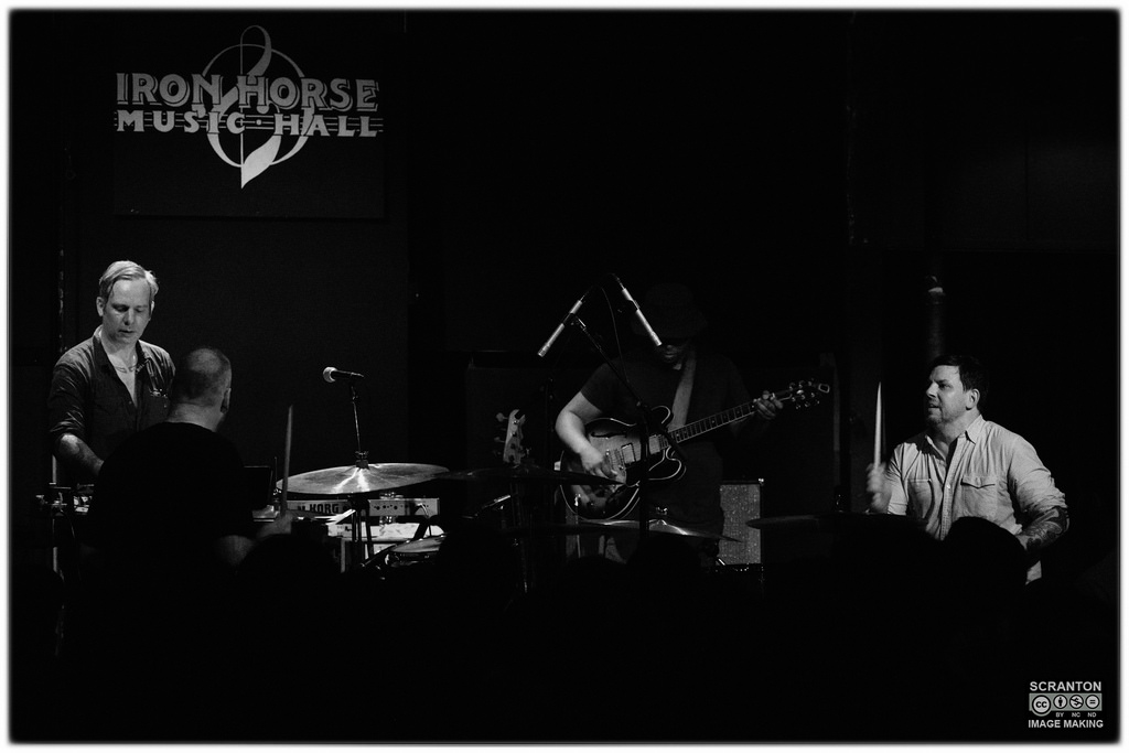 Tortoise @ Iron Horse Music Hall - Northampton, MA 31416_25176586513_l